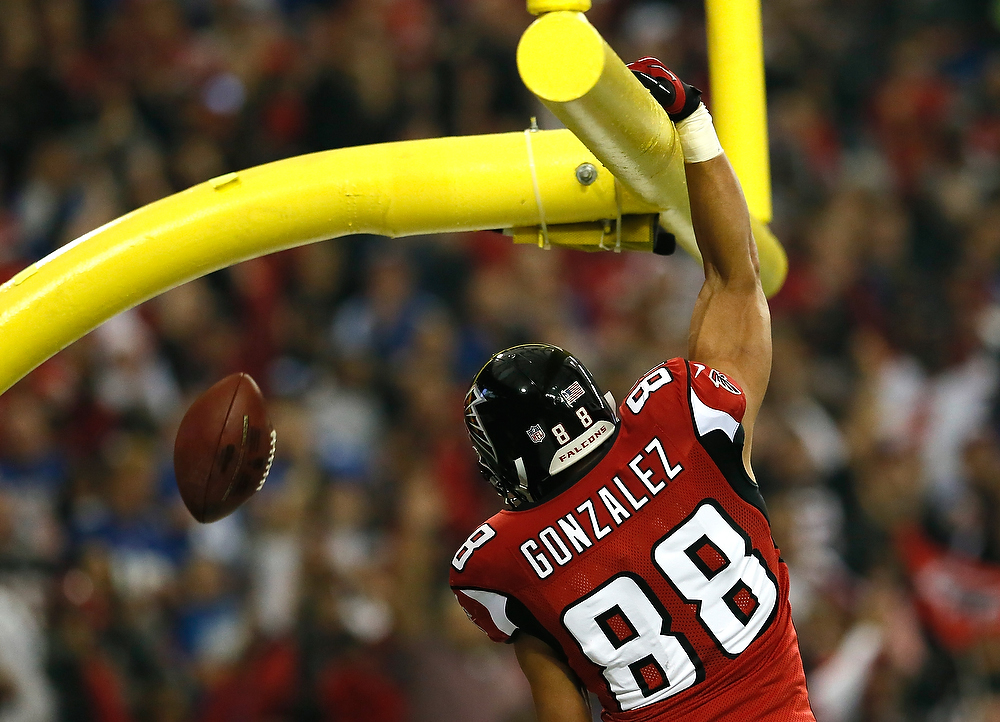 Description of . Tony Gonzalez #88 of the Atlanta Falcons celebrates a touchdown against the New York Giants at Georgia Dome on December 16, 2012 in Atlanta, Georgia.  (Photo by Kevin C. Cox/Getty Images)