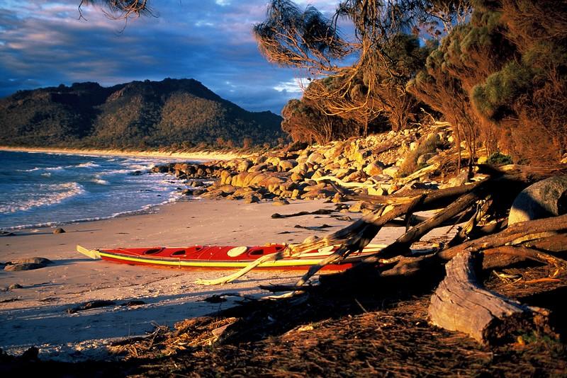 Freycinet Peninsula, Tasmania.jpg