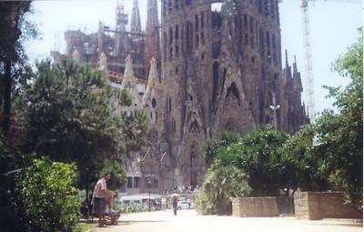 2 - Trip to (Viaje a) Barcelona
