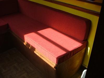 Narrow Boat Sofa / Bed