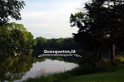 Quasqueton