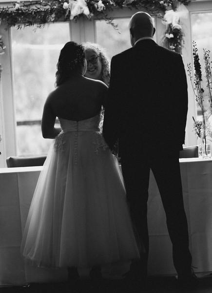 Sam_and_Louisa_wedding_great_hallingbury_manor_hotel_ben_savell_photography-0084.jpg