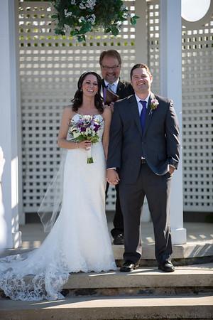 Amber + Dan | Castle Farms Wedding Photography