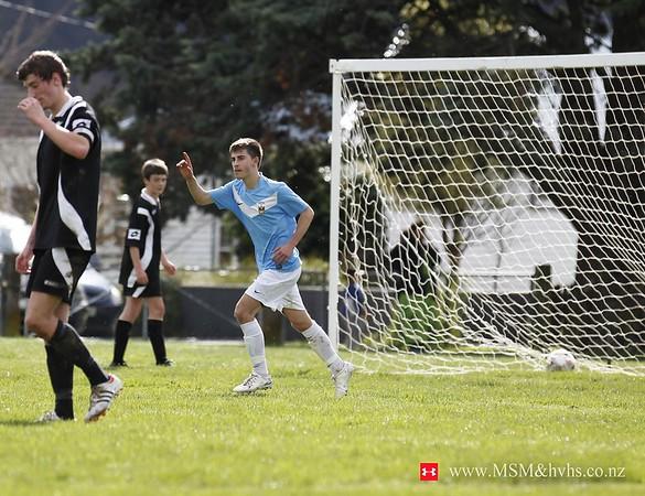 jm20120818-1st X1 football _MG_8157 A WM