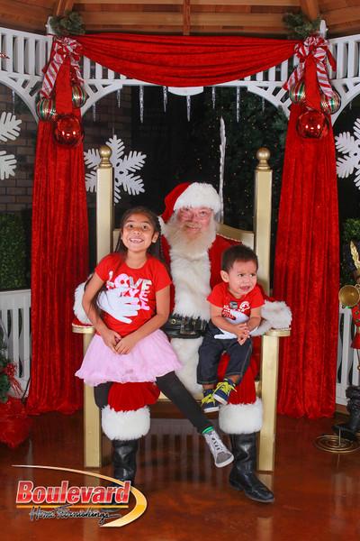 Santa 12-10-16-102.jpg