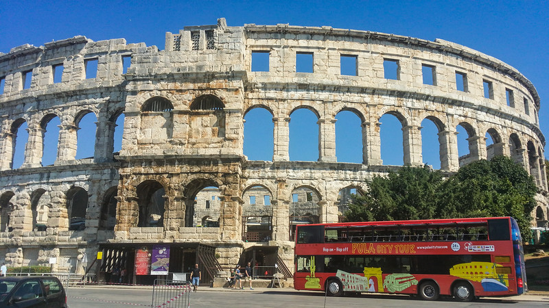 Pula: Roman Amphitheatre