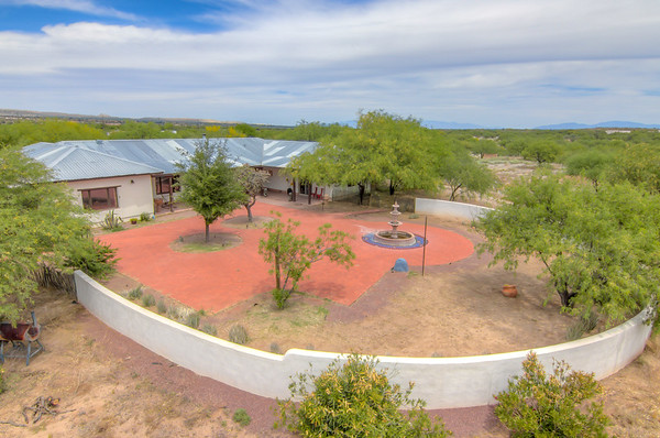 For Sale 4280 S. Camino De La Canoa, Green Valley, AZ 85614