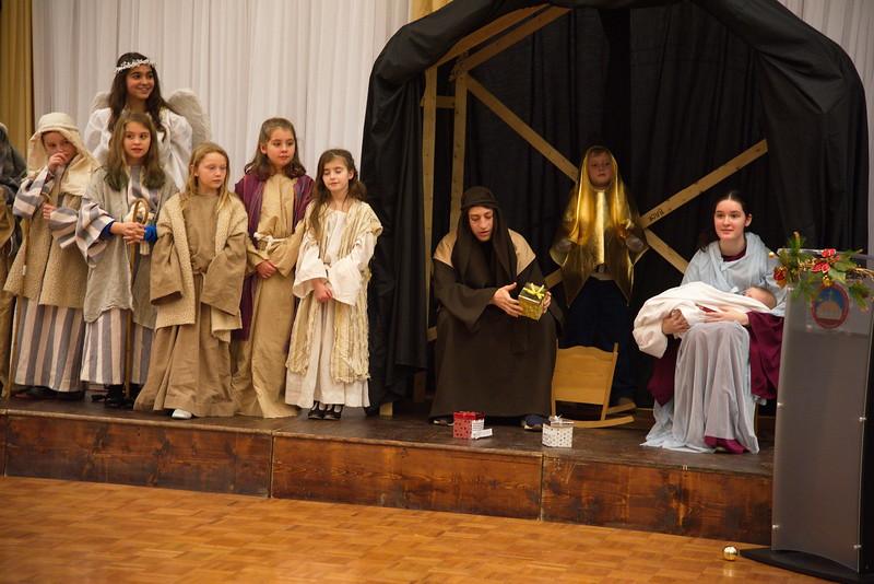 2018-12-16-Christmas-Pageant_356.jpg