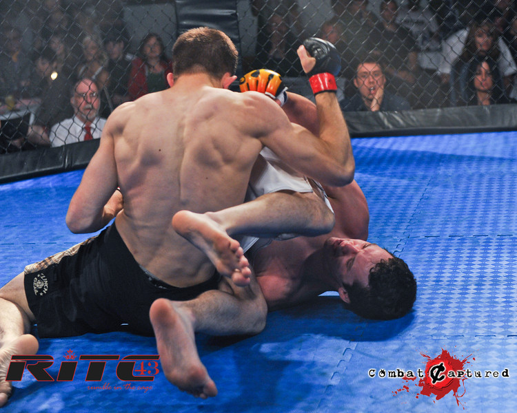 RITC43 B09 - Spencer Rohovie def Jordan Knippelberg_combatcaptured_WM-0008.jpg