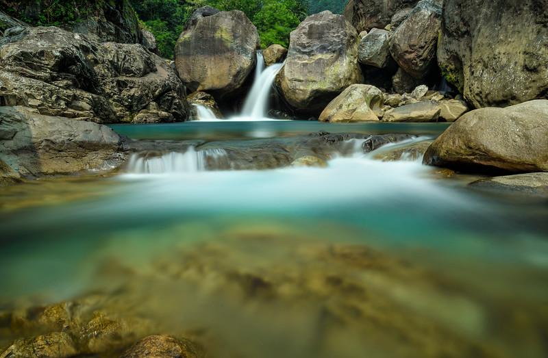 Um-Krysan-falls-Meghalaya-1.jpg