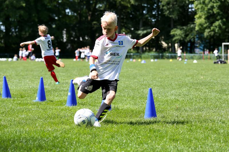 hsv_fussballschule-495_48047985393_o.jpg
