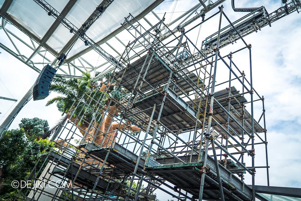 Halloween Horror Nights 7 Before Dark 1 / Opening Scaremony stage scaffolds