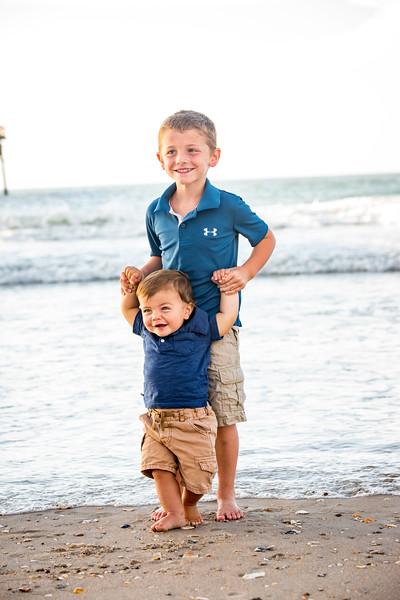 Family beach photos-133.jpg