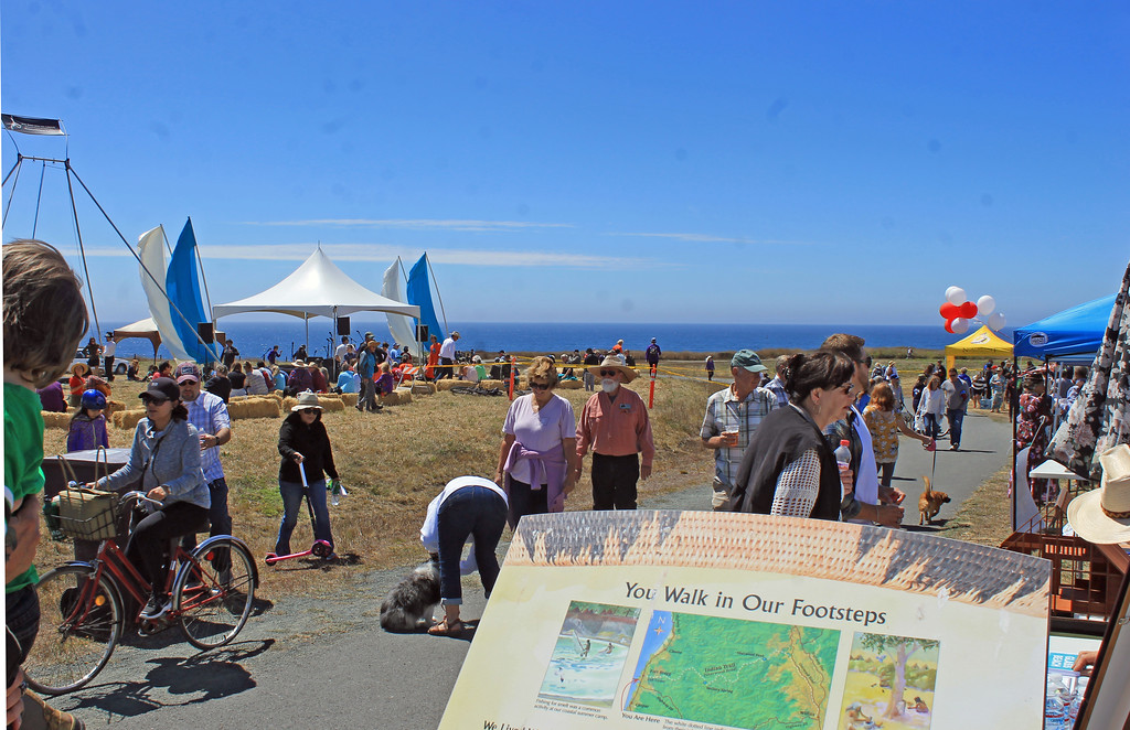 . Bikes, pets, scooters, kids, music, food � and history.