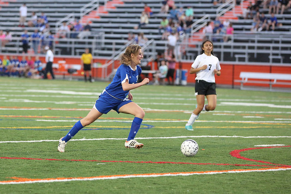 Western girls soccer shuts out CHS 2013