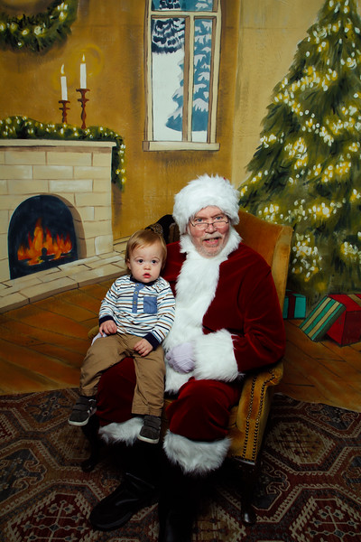 Pictures with Santa Earthbound 12.2.2017-106.jpg