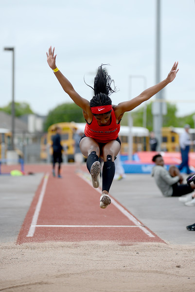 HS-Track-13-6A-District-Championships_007.jpg