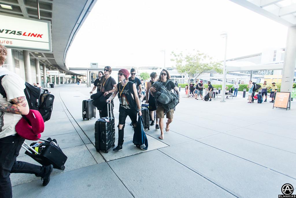 Gang travels