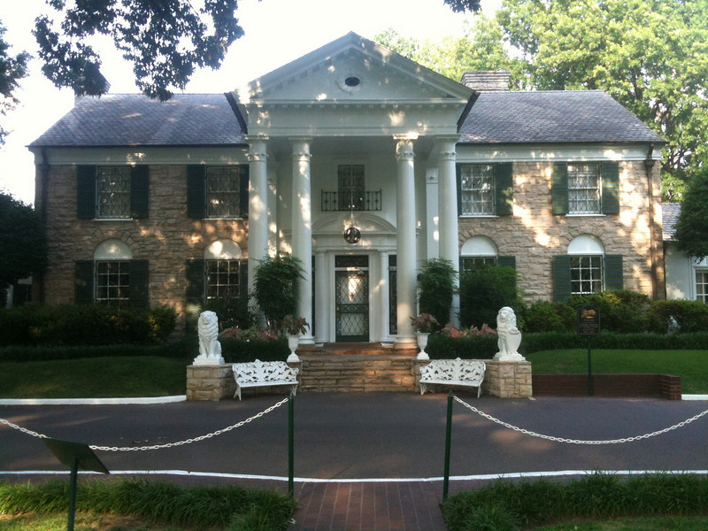 036 Graceland front entrance