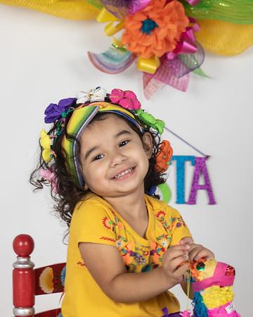 fiesta queen smiles