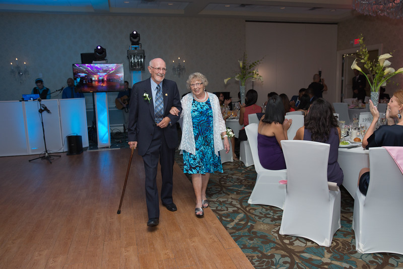 196_speeches_ReadyToGoPRODUCTIONS.com_New York_New Jersey_Wedding_Photographer_J+P (728).jpg