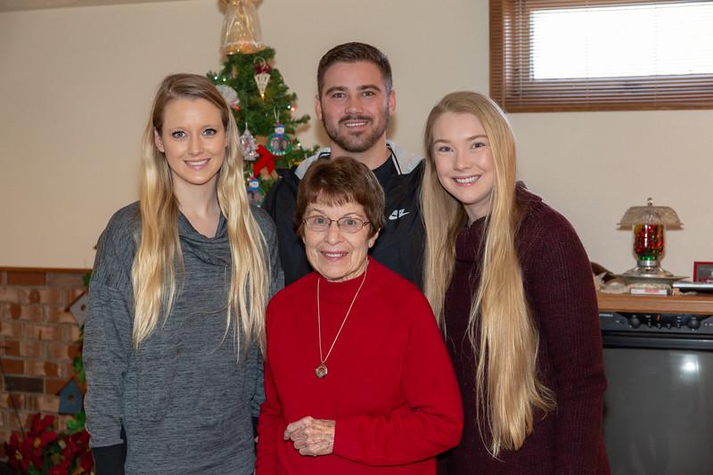 2018 Christmas-2570.jpg