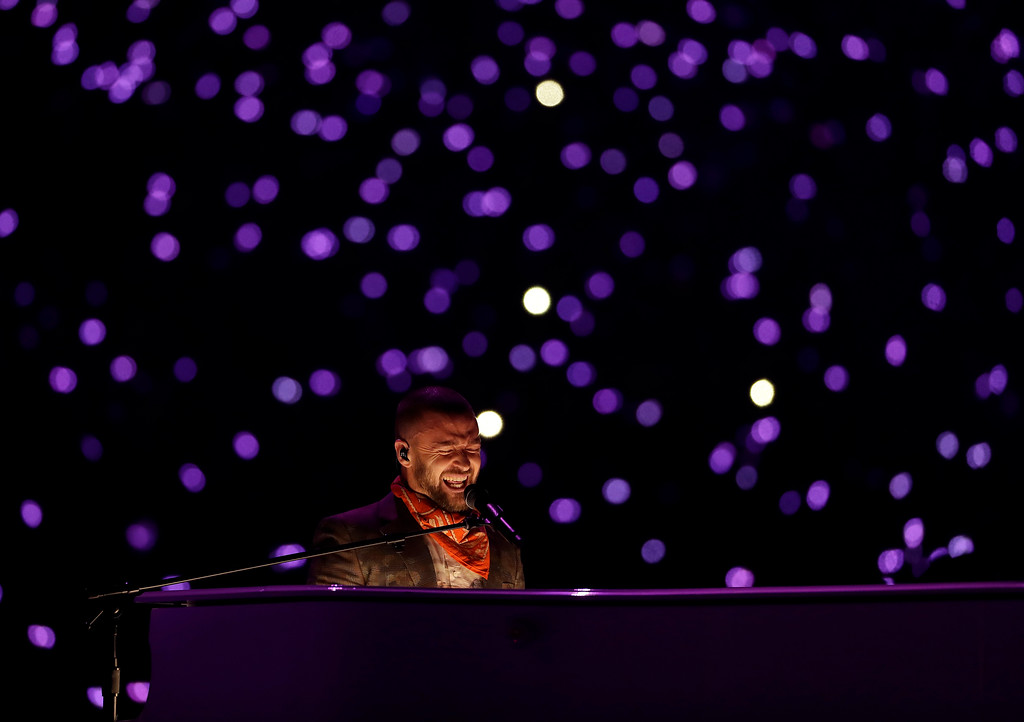 . Justin Timberlake performs during halftime of the NFL Super Bowl 52 football game between the Philadelphia Eagles and the New England Patriots, Sunday, Feb. 4, 2018, in Minneapolis. (AP Photo/Matt Slocum)