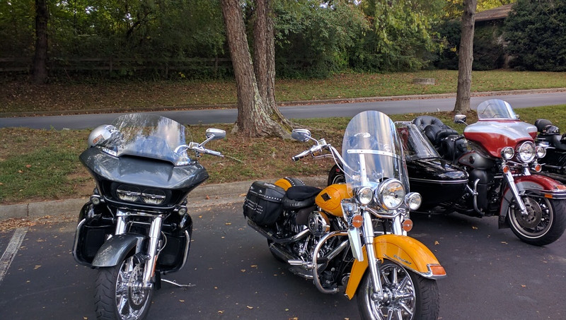 who's bikes are these? recognize them?