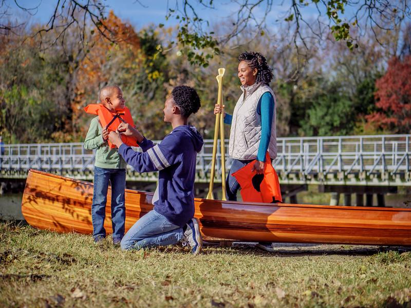 112917_01392_Park_Family Canoe.jpg