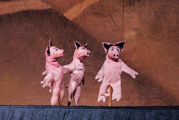 2012-11-24 Three Little Pigs