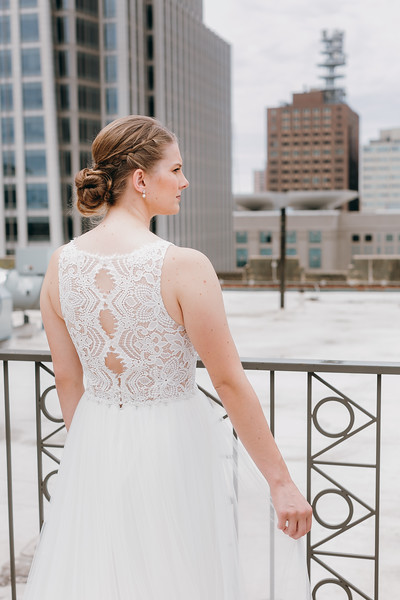 [Bridal Prep] Liz-Dylan-22.jpg