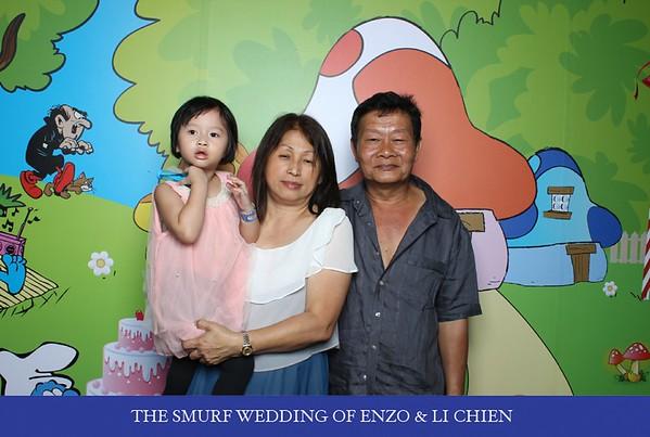 Enzo + Chien Photo Booth Album