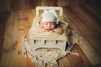 Avedis D Newborn