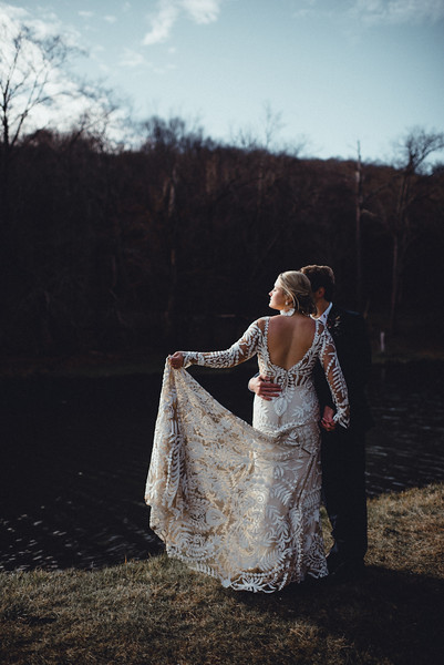 Requiem Images - Luxury Boho Winter Mountain Intimate Wedding - Seven Springs - Laurel Highlands - Blake Holly -755.jpg
