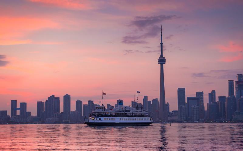TorontoSunsetTravels.jpg