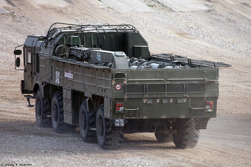 Транспортно-заряжающая машина 9Т250 ОТРК 9К720 Искандер-М (9T250 transloader of 9K720 Iskander-M SRBM system)