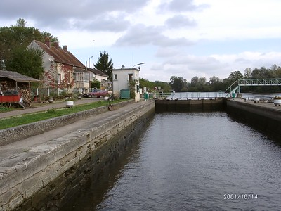 2001 FRENCH CANAL BARGE