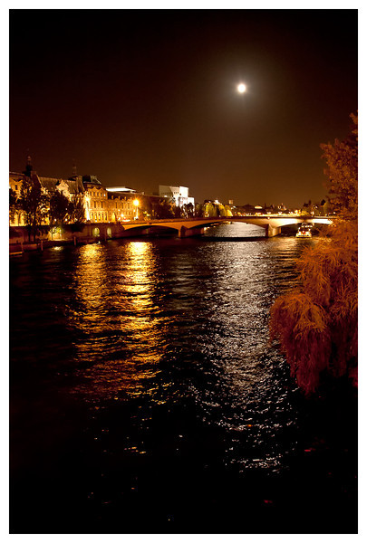 moonlight on the seine.jpg