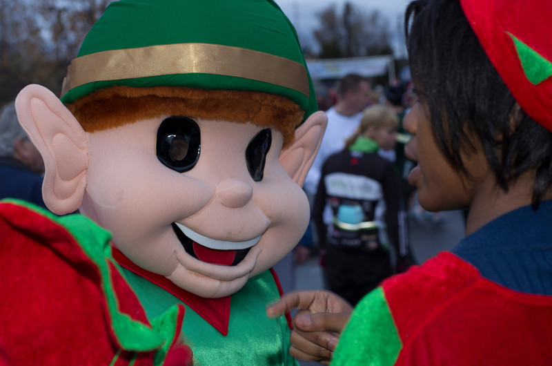 Jingle Bell Run 1 (10 of 106).jpg
