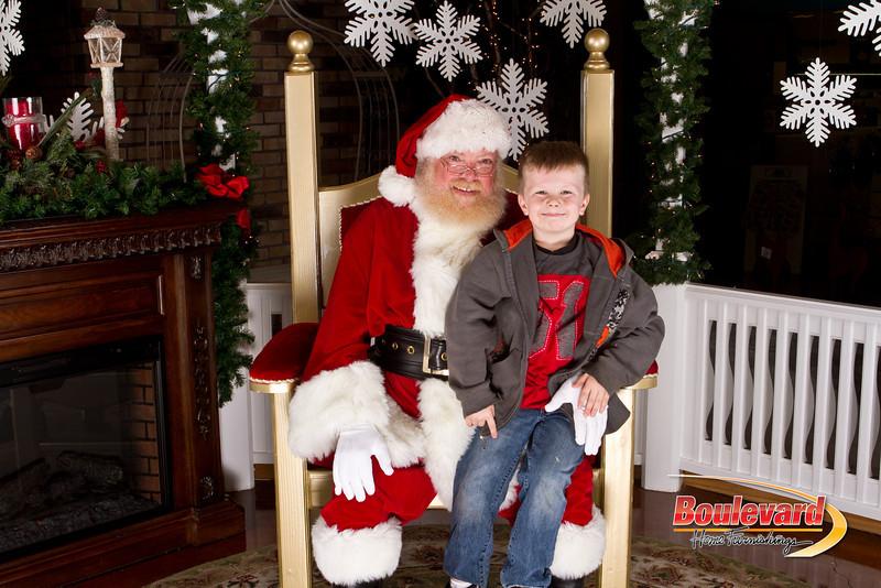 Santa Dec 15-37.jpg