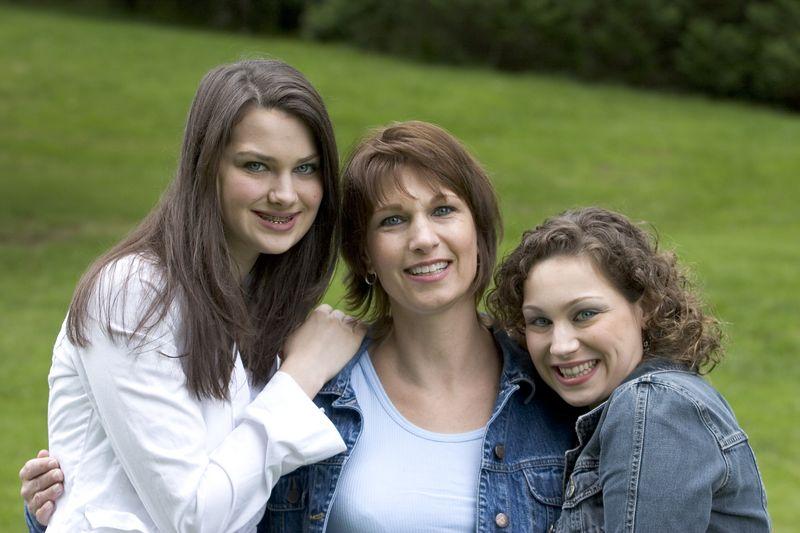Family_T021.jpg