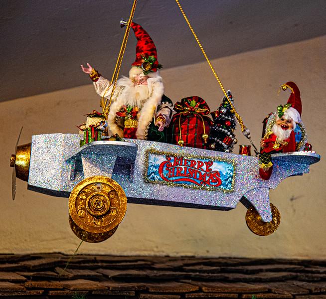 CB Christmas 19-3364.jpg