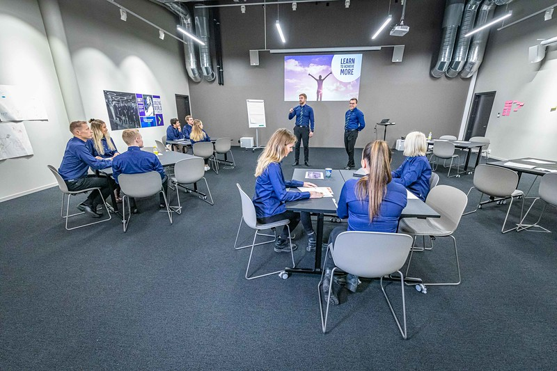 2019-10-23 Elkjøp Education photoshoot- 4000pix -2.jpg