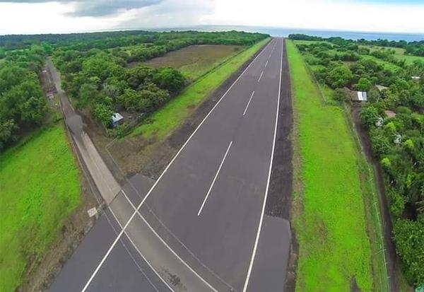 Ometepe_AirportRoad.jpg