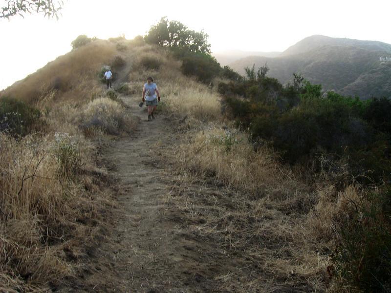 20080625015-Glendale Las Flores Trailwork.JPG