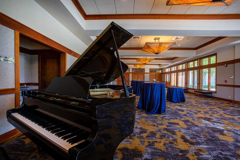 Pratt_The Club_Room 01_005.jpg