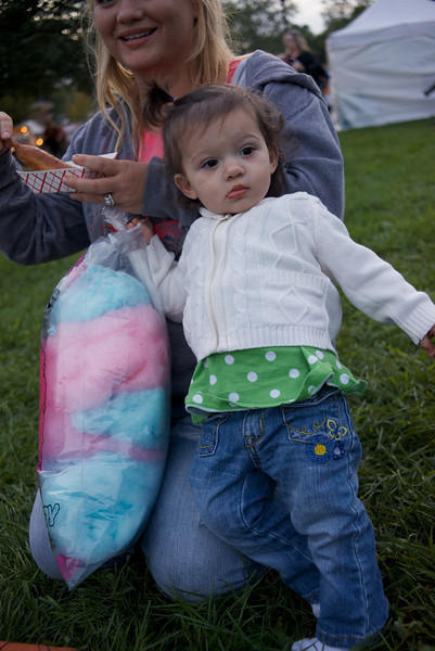 Layla Learns Cotton Candy - Lakefront Festival 2012