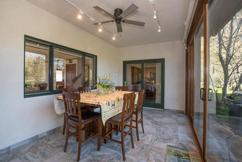 dining room (1 of 1)-2.jpg