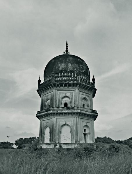 Quli Qutb Shahi tombs.