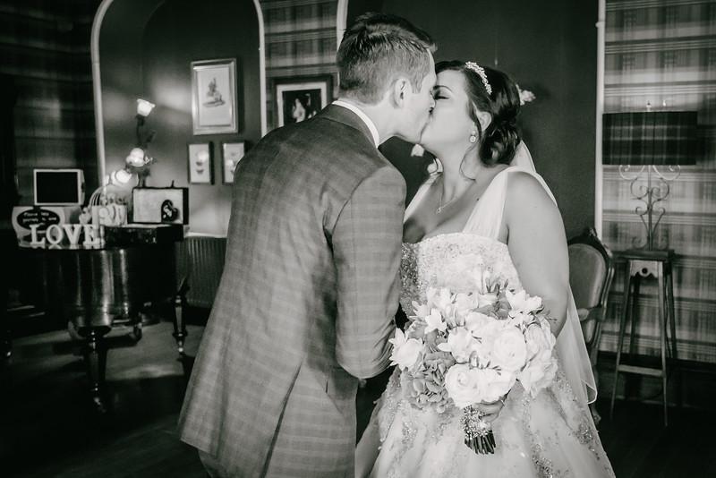 Cross Wedding-232.jpg